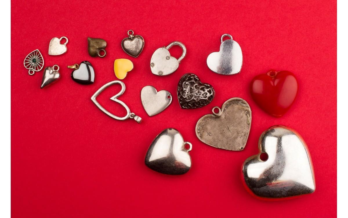Horoskop: kako se posamezna znamenja soočajo s strtim srcem?