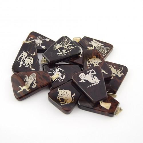 Horoskopski obesek (obsidian)